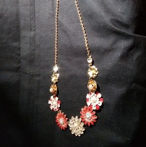 Jewelry - 3D Flower Necklace